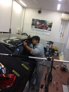 2017年 東京外車ディーラー雹害修理