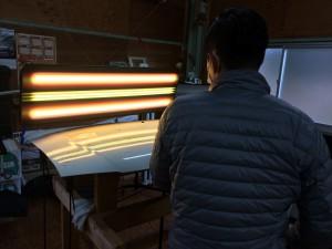 新しい3Dリフレクションライトで繊細な修復が可能